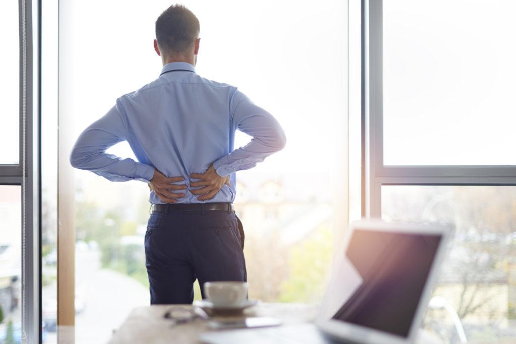 Un massage au bureau : un salarié productif